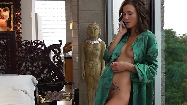 چرم - دروس جنسی خوان ال کابالو لوکو عکس الکسیس در حال سکس با زنبور سیاه نامادری زیبا