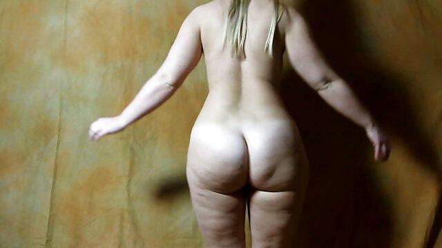 همسر اولین دیک سیاه خود را عکس های الکسیس سکسی می گیرد