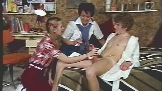 وب کم! ارگاسم داغ داغ عکس الکسیس تگزاس در حال سکس در وب کم w