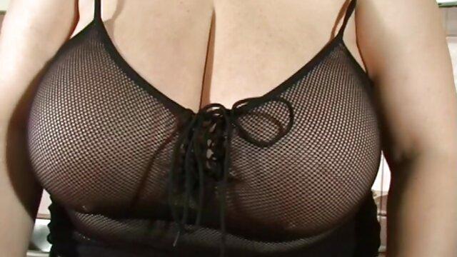 خروس سیاه بزرگ برای فارسی داغ فیلم سوپرسکسی الکسیس