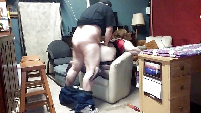 زنانی که عکس های سکسی الکسیس تگزاس پستان بزرگ دارند