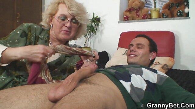 او در حال گرفتن خروس سیاه همسرش بود عکس سکسی کون الکسیس تگزاس