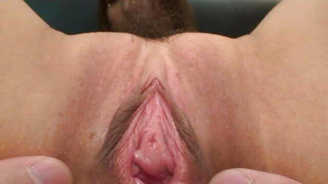 - بلوند شاخی عکس کوس وکون الکسیس پر از اسپرم